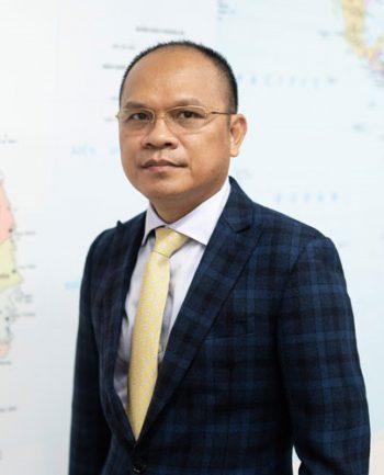 Ông Lê Thành